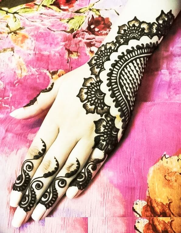 Beautiful Mehndi ka design