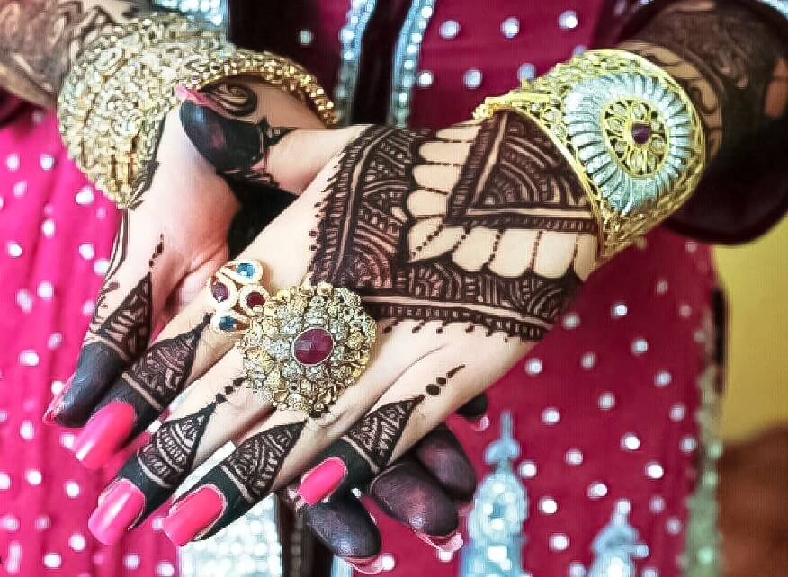 80 Beautiful And Simple Mehndi Designs For An Ultimate Festive Look - 80 beautiful and simple mehndi designs for an ultimate festive look